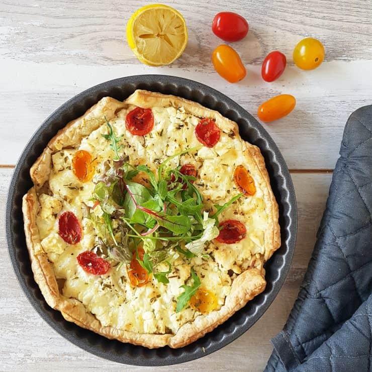Kaastaart met drie soorten kaas - kaasquiche