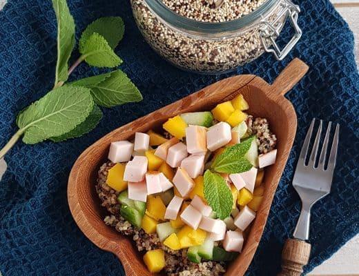 Quinoa salade met gerookte kip