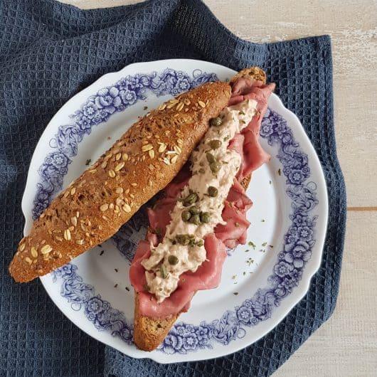 Werklunch - Waldkornbroodje met rosbief en tonijnsalade