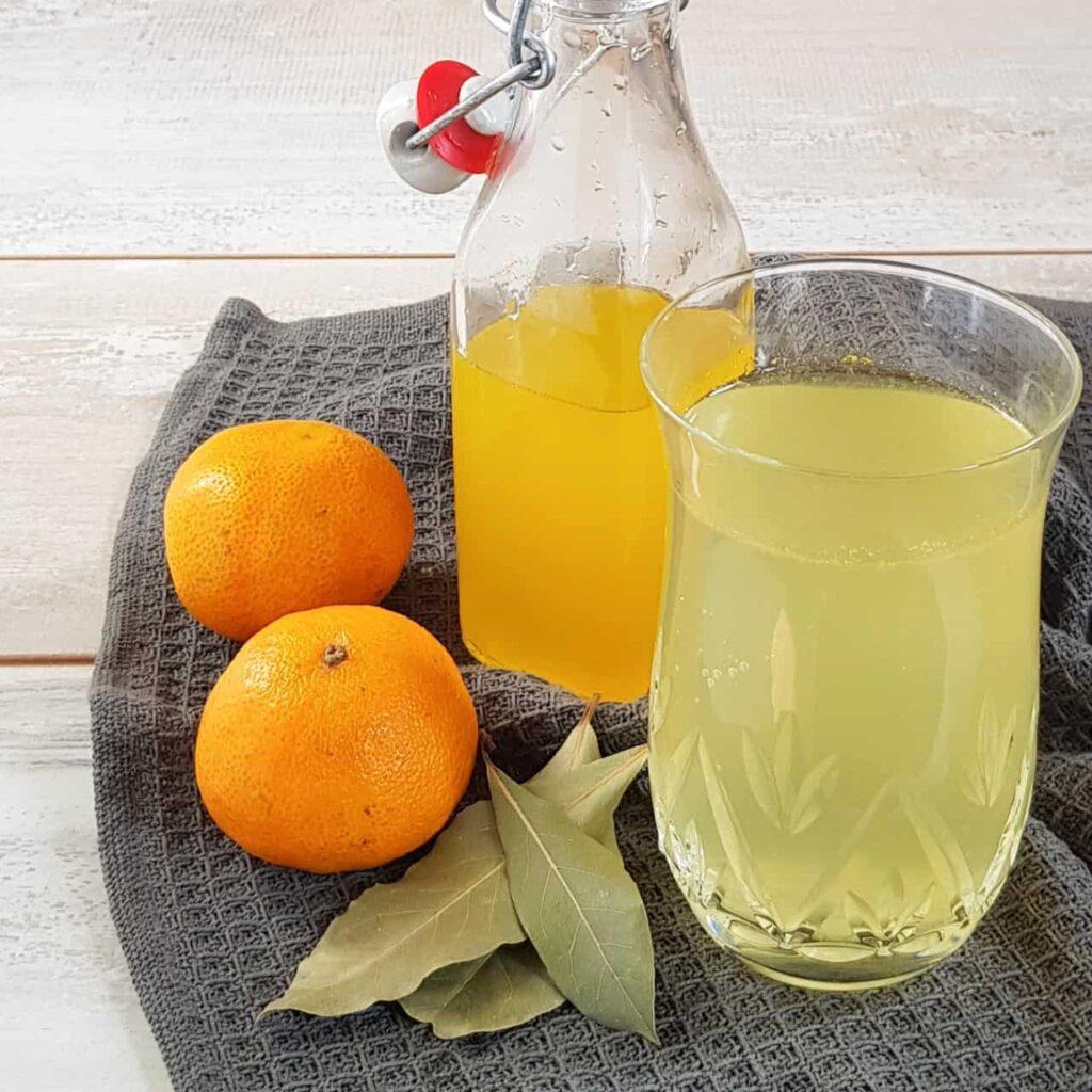 Limonadesiroop van mandarijn en sinaasappel