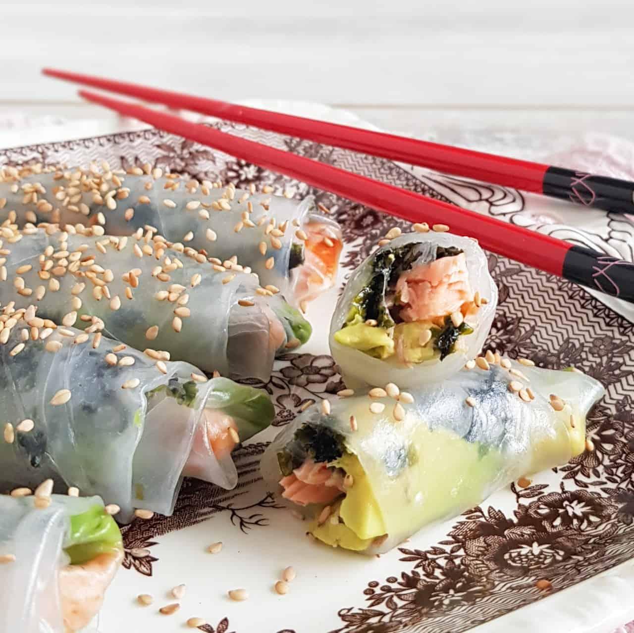Springrolls met zalm en avocado
