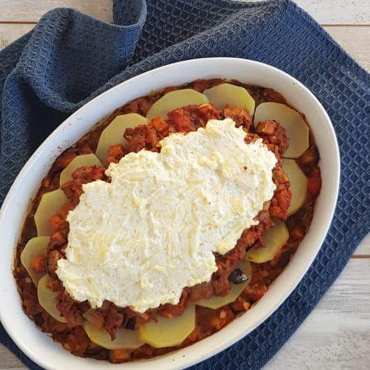 Moussaka met gehakt, aardappels en ricotta