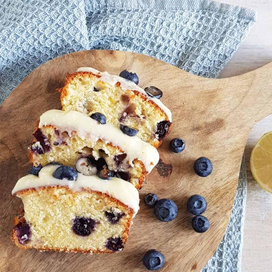 Blauwe bessen cake