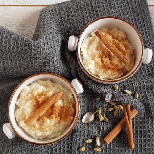 Rijstpap met vanille, kardemom en kaneel