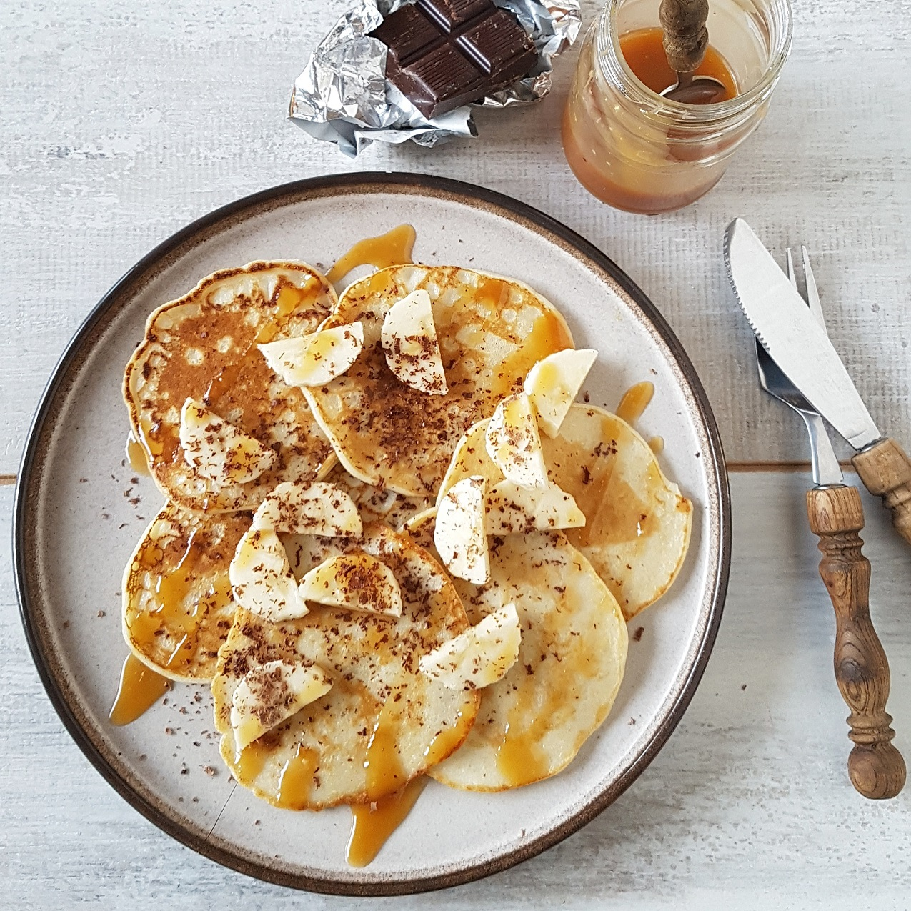 Pancakes met banaan en salted caramel