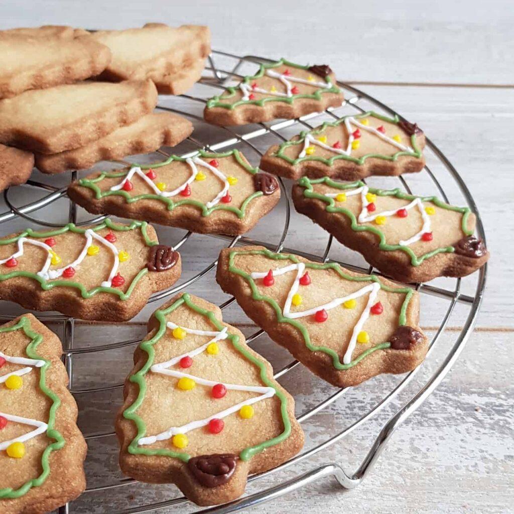 Kerstkoekjes - zelf kerstboomkoekjes maken
