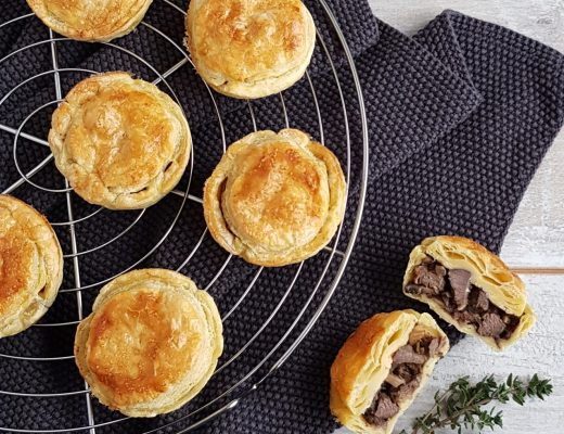 Steak pies