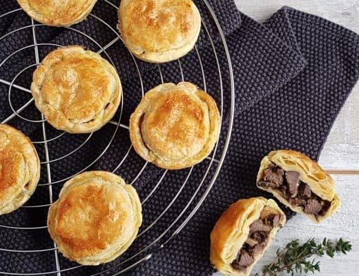 Steak pies
