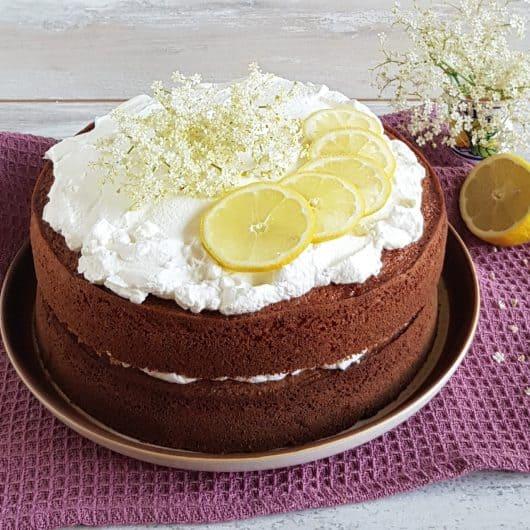Vlierbloesemcake met citroen