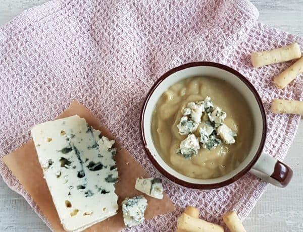 Bloemkoolsoep met blauwe kaas